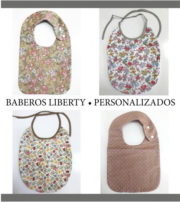 Babero Liberty personalizado
